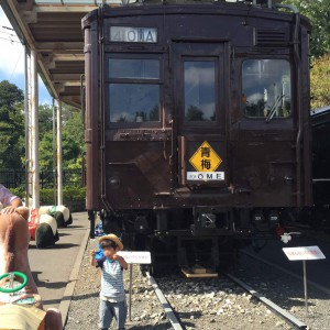 1978年まで使われていた青梅鉄道の車両。祖父母世代には懐かしい?