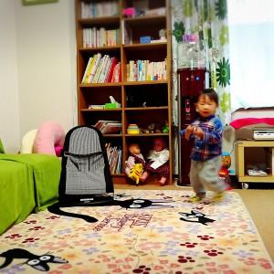 待合室 育児書などは貸出もしてくれます。