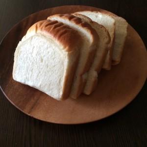 もっちり耳まで柔らかい食パン