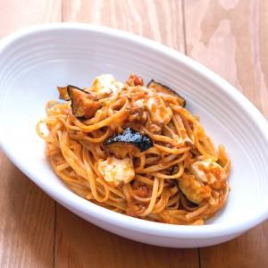 椎茸と昆布の出汁を使ったボロネーゼ
