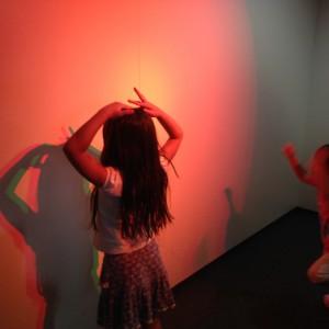 三色でうつる影の実験