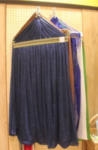 ハンモックの布はいろんな色柄があるよ。
