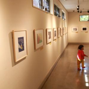 廊下には絵本の原画の展示と・・・