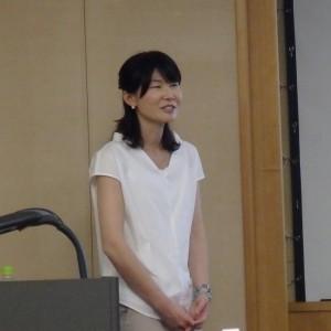 講師の成瀬夕子さん